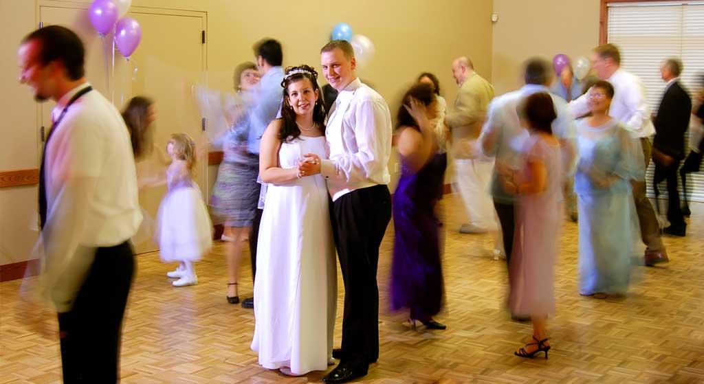 dansend-bruidspaar