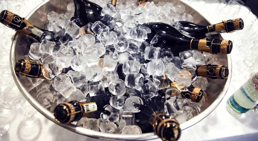 champagneflessen-in-koeler