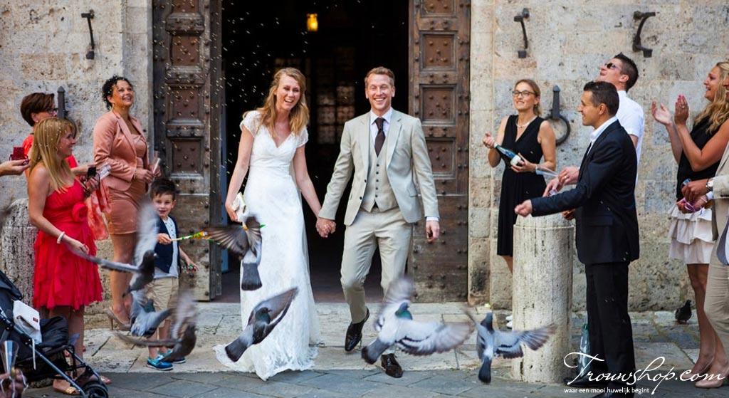 ceremoniemeester-bruidspaar